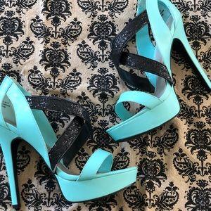 "Shoedazzle ""DIANA"" 9.5 Tiffany blue and black"